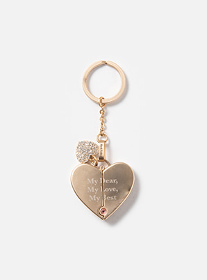 Red Velvet LOVELOVE KEYRING